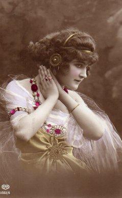 Miss Annie Dillworth